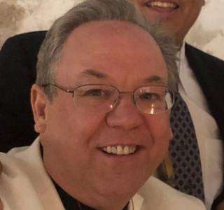 Bruce Lyons