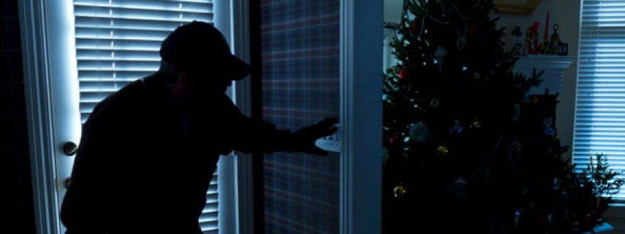 Burglars Are Christmas Shopping And Your Home May Be Their Next Stop