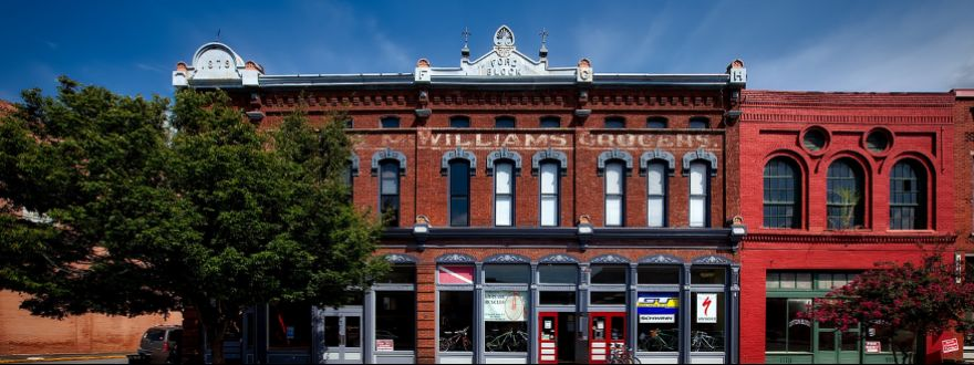 How to Find the Right Insurance Coverage for Your Historic Property