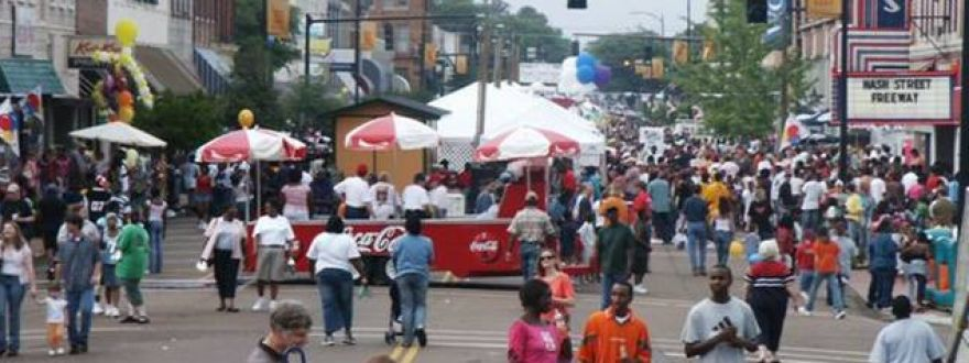 Why Historic Districts and Main Street Events Are a Great Insurance Opportunity
