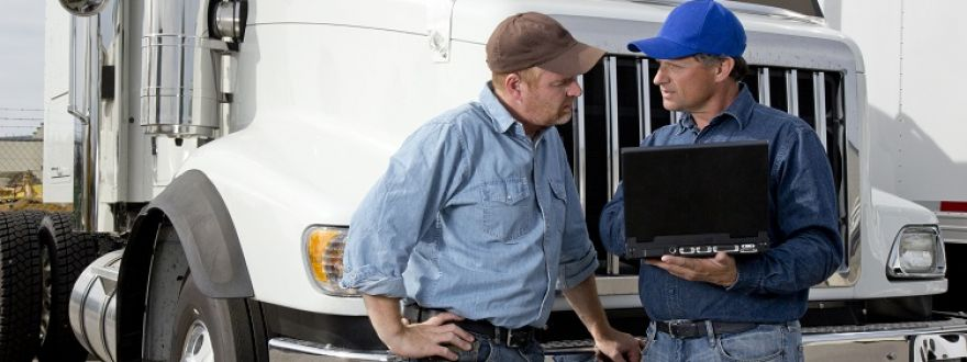 15 Useful Apps for Truckers