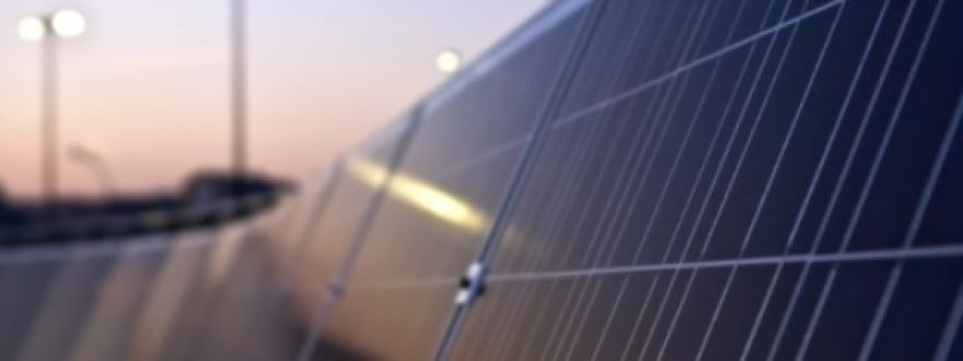 Businesses and solar power: five risks of roof-mounted PV systems