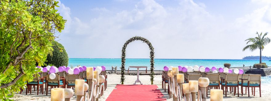 Beach and Outdoor Weddings: there's insurance for that