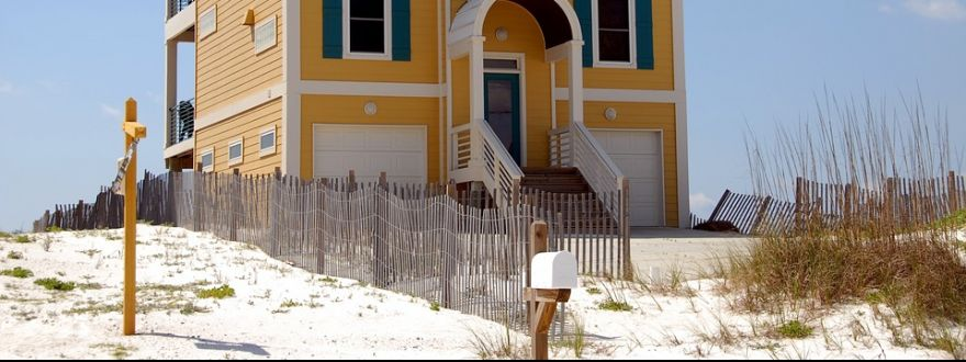 Top 4 Reasons Why Vacation Home Insurance Is Crucial