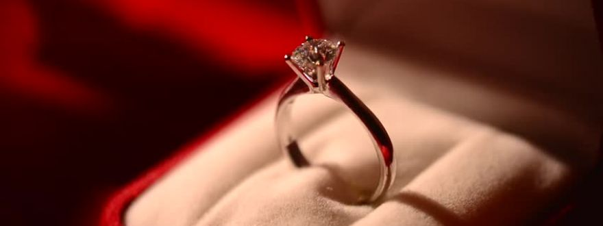 Tips to keep your new Valentine's Day Jewelry safe